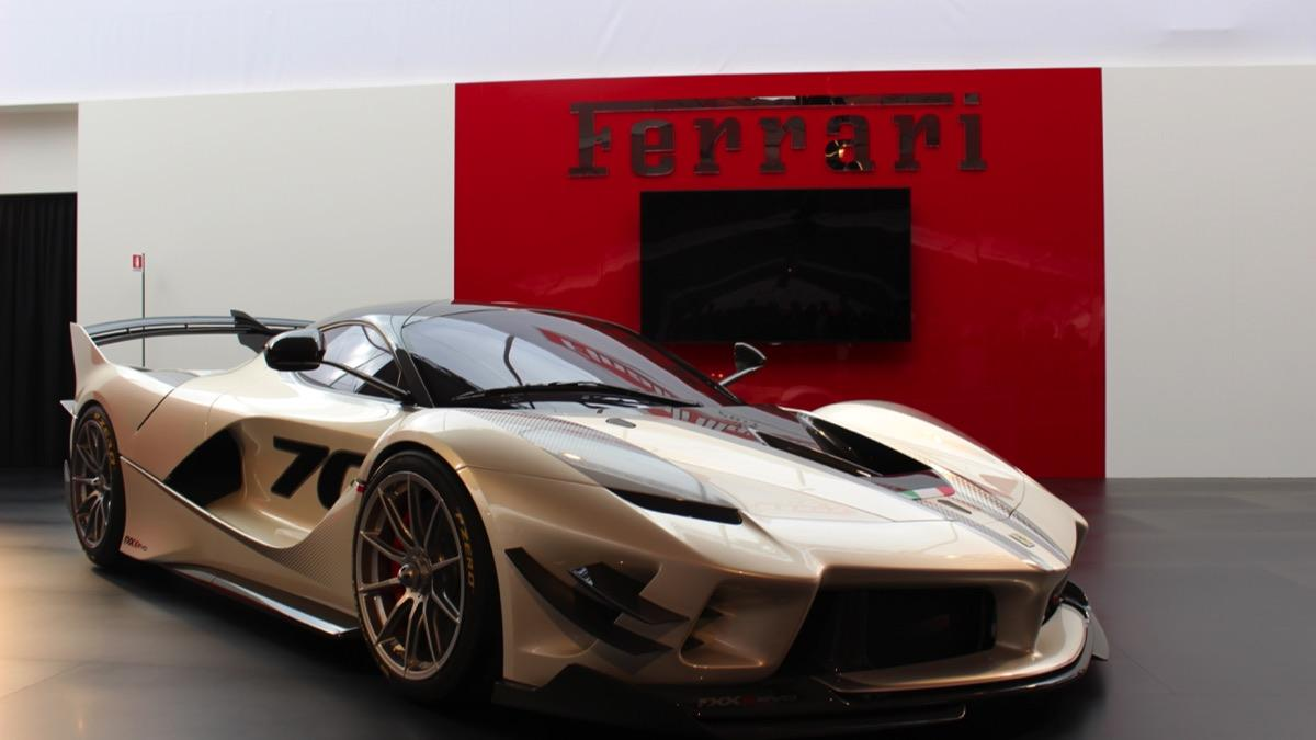 ferrari fxx k evo track only hypercar 1 000 downforce 1 800 unlockmen. Black Bedroom Furniture Sets. Home Design Ideas
